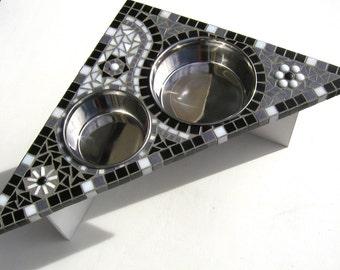 Bloomin Dog Feeder, medium dog feeder, corner dog feeder, assemble base, larger water bowl, bloomin series #3