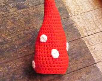 Crochet Gnome toadstool hat. Newborn. Great photo prop. Baby shower gift