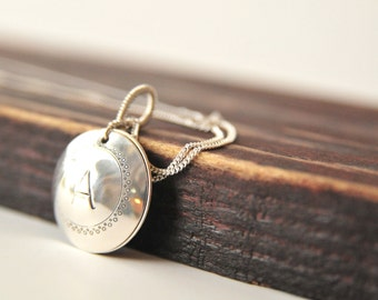 Keepsake Locket/Personalized Birds Nest Locket/Mothers Day Gift Ideas/Robins Egg Blue Nest Necklace