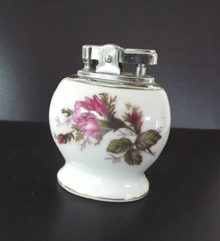 Vintage Table Top Cigarette Lighter And Ashtray Set Ucagco
