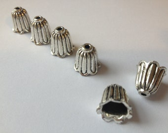 50 x Antique Silver Bead Caps Silver Bell Shape Beadcaps 10mm