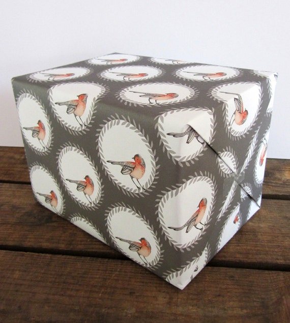 2 sheets of eco friendly gift wrap: Chaffinch wreath print