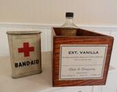 Vintage vanilla label wood storage caddy
