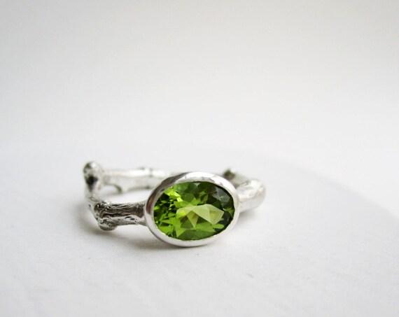 Oval Peridot Silver Twig Ring, 8 x 6mm