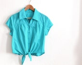 Early 90s Crop Top . Blue Cotton Blouse . Midriff Tied Shirt . Size M