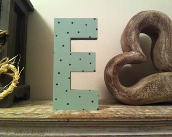 Freestanding Wooden Wedding Letter 'E' - 10cm - Ariel Style Font - Various Finishes