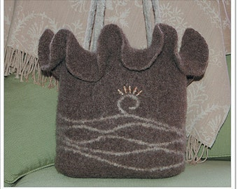 Felted Ruffle Bag to Crochet PDF Pattern Instant Download