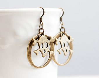 Round Skull Earrings Antiqued Bronze Pirate Circle Earrings Skeleton Gothic Earrings Earth Tone Brown - E232