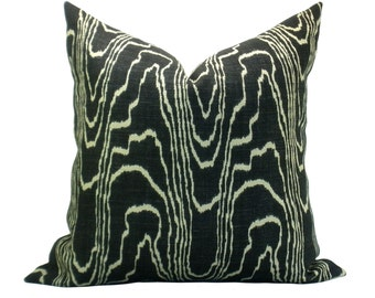 Agate pillow cover in Ebony/Beige