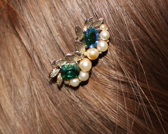 Vintage Pearl and Green Rhinestone Hair Comb