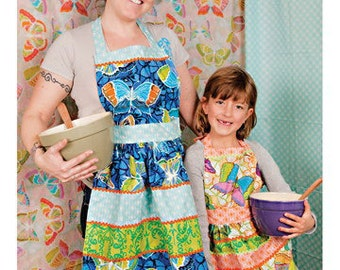 Valori Wells Sewing Card - Mommy and Me Retro Aprons - Quick and Easy Sewing Patterns