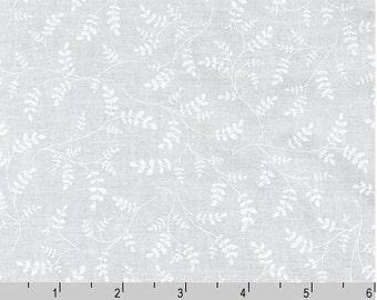 Whisper Prints - Leaf white from Robert Kaufman
