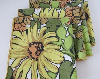Retro Floral Napkins - Set of 4 - Cotton Daisy Daisies Sunflowers Yellow Lime Green Orange 1970s Mid Century Modern Vintage Table Linens