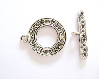 2 Gorgeous Detailed Large Toggle Clasp  for your jewelry projects.