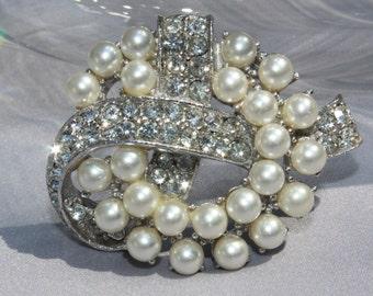 Vintage Bridal Crystal Rhinestone & White Pearl Brooch/Haircomb,Bridal Jewelry, Wedding Jewelry
