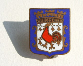 French souvenir pin, vintage  enamel lapel pin, Quimperle, France
