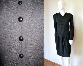 Vintage 1980s Oscar de la Renta Black Quilted Bodice Dress with a Flattering Cut