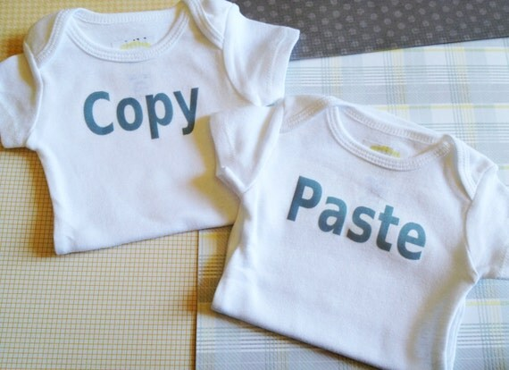 Copy and Paste Twins Onesies® Siblings Set / Pregnancy Announcement, Sibling Set, Coming Home Outfit, Gender Reveal