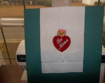 VALENTINE GUEST TOWEL