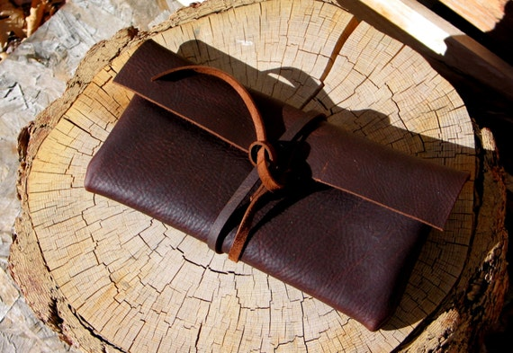 Leather Clutch in Brown-