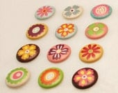 Push Pins or Magnets - Flower Dots 1