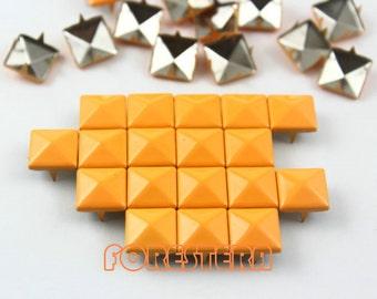 100Pcs 10mm Bright Orange Color PYRAMID Studs (CP-2007-10)