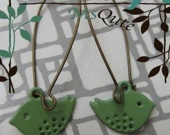 Happy Flying Birdie Earrings - APPLE GREEN