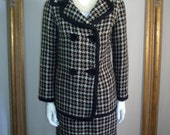 Vintage Reversible Wool Houndstooth/Black Double Breasted Woven Suit - Size 2