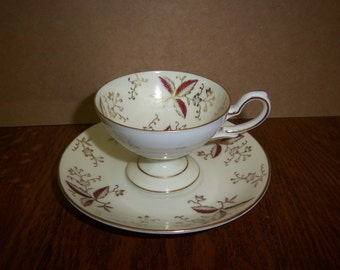 Vintage Porcelain Footed Teacup & Saucer made in Occupied Japan 1940's