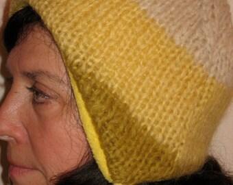 L Yellow and Cream Wool Earflap Hat w Yellow Fleece Lining