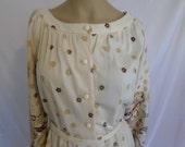 vintage 70s Serbin creamy paisley print dress / button front maxi