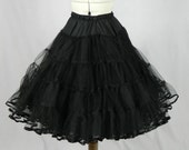 A premium petticoat, perfect for wearing under 50s style dresses and creating that puffed out skirt look