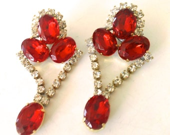 Czech Cherry Raspberry Rhinestone Earrings Glamour Mad Men Party Retro Fashion Jewelry