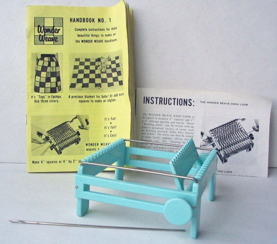 Wonder Weave Hand Loom, Needle, Instructions, and Project Book from 1964
