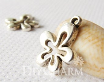 Antique Silver Tone Abnormity Flower Charms 14x13mm - 20Pcs - DF15096