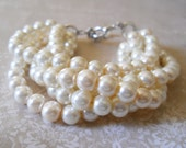 Bridesmaids Pearl Bracelet Bridesmaid Jewelry Pearl Bridesmaid Bracelet Beaded Pearl Wedding Jewelry Ivory Bridesmaids Chunky Pearl Bracelet