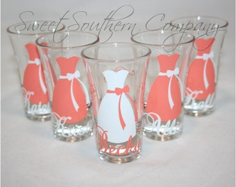 10 Personalized Bridesmaid and Groomsmen Shot Glasses