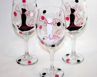 5 Pesonalized Bride and Bridesmaids Wine Glasses