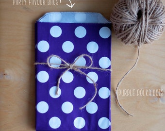 Purple Polka Dot Party Favour Bags - 5 x 7 inch Favor Gift Bag - Packet of 12