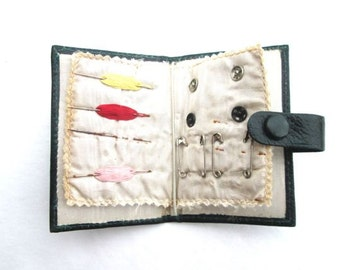 Vintage Sewing Kit Case Travel Pocket Sew Case