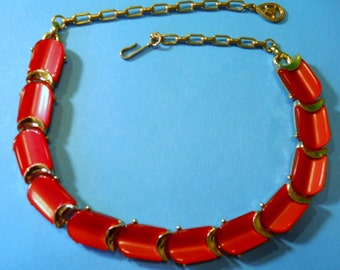 sale - CORO NECKLACE red thermoset Vintage plastic 1950's MOONGLOw
