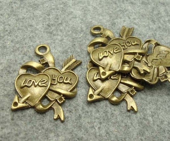 10Pcs 26x35mm Antique Bronze Brass Arrow Throught Heart  Pendant  Metal Findings Antique Metal Heart Charms  (6318)