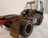 Classicwrecks Scale ModelDodge tractor truck in white red and green rusted and rotten