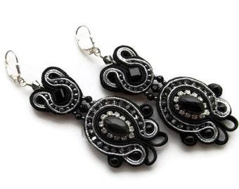Noir - soutache long dangle and drop earrings. Soutache bead embroidery earrings.