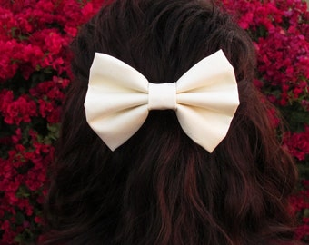 Hair Bow, Cream hair bow, Hair Bow for Women, hair bow for teens, fabric bow, hair bow clip, hair bow accessory,hair bow