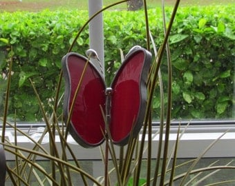 Stained Glass Red Swirled Opalescent Butterfly Garden Plant Stake - Rich Red Color