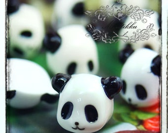 6 PCS X 12mm Small MIni Tiny Panda Cabochon Resin Flat back -Mini Deco Den Craft Art Material  Pendant Making / Nail Art Decoration (AM20W)