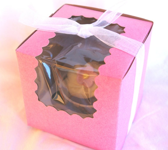PARTy BOXES with SCALLOPED WiNDOW- PiNK-for Favors or Cupcakes-10