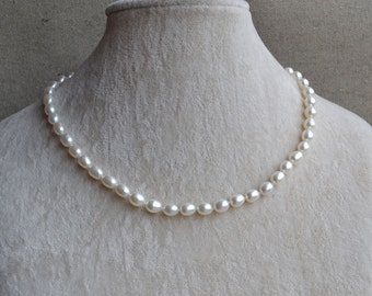 rice pearl necklace, white freshwater pearl necklace, wedding jewelry, pearl jewelry, wedding necklace. real pearl necklace