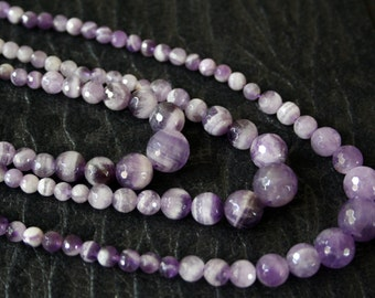 Natural Amethyst Graduated 14mm-6mm Faceted Round Beads, 18.5-Inch Necklace Strand G01160
